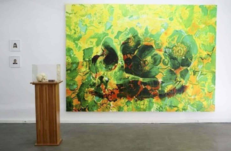 Plus belle la vie, vue de l'exposition. De gauche à droite : Eric Pougeau, Phlippe Ramette,Ida Tursic & Wilfried Mille