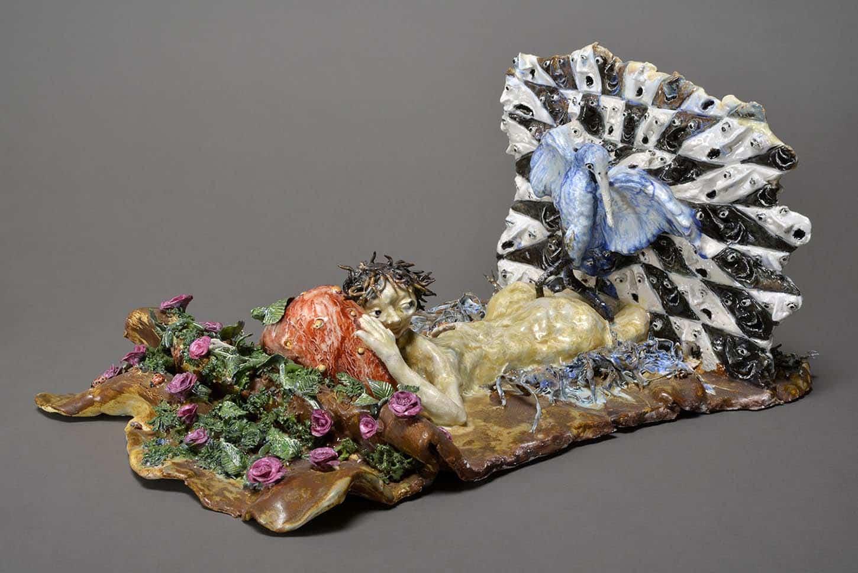 Marlène Mocquet, Gaz Gracieux, 2014, Porcelaine émaillée, 30 cm x 50 cm x 35 cm