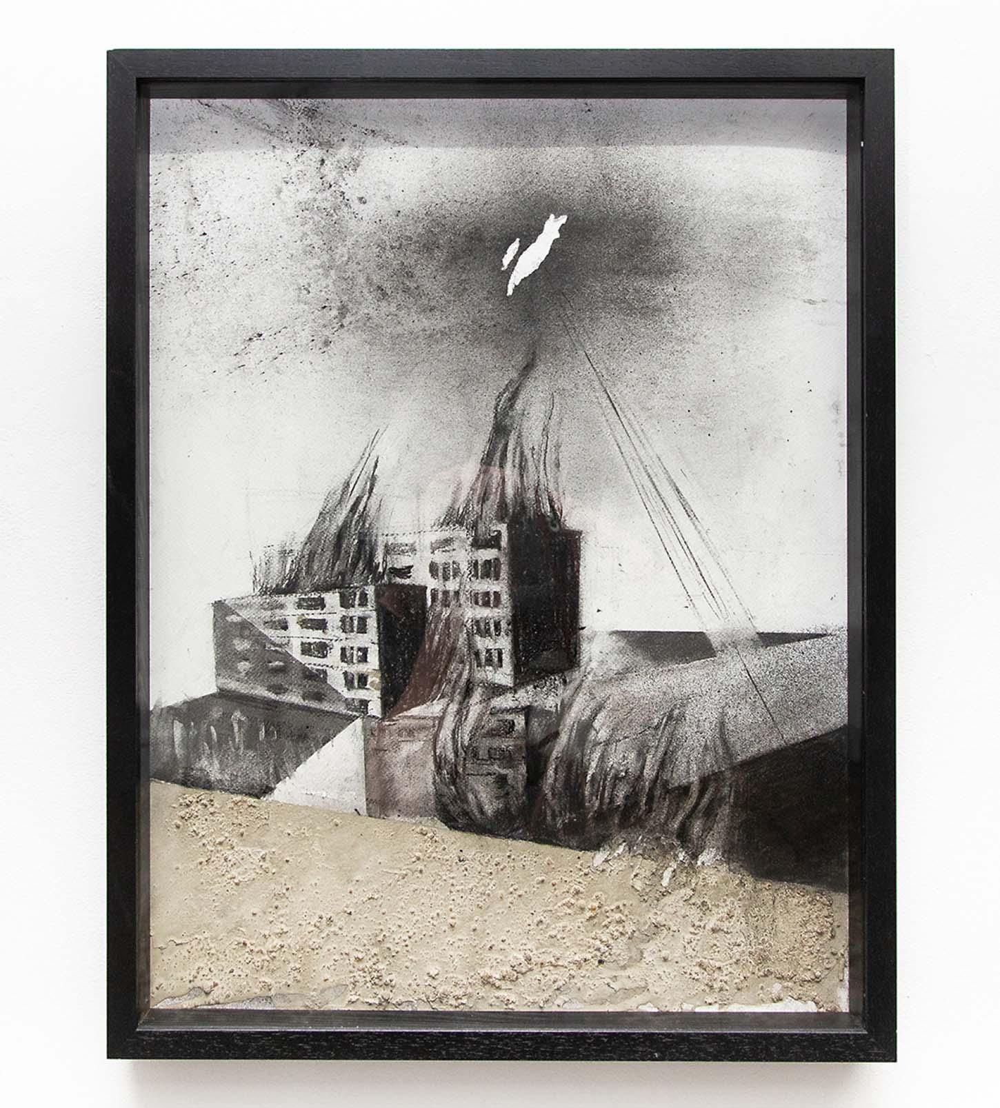 Eglé Vismante,Sans titre, 2019, 50 x 65 cm fusain, béton.