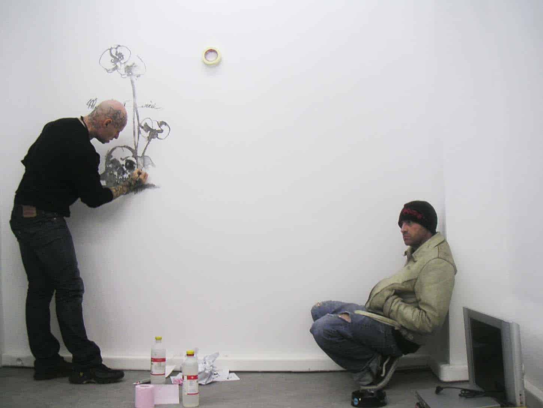 Open, février 2006, première exposition du deuxième lieu d'Espace A VENDRE à Nice,rue Smolett. Jean-Luc Verna, Lionel Scoccimaro