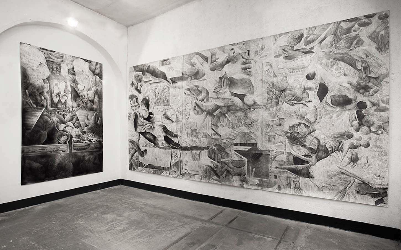 Quentin Spohn,Sans titre, 2020 Pierre noire et acrylique sur papier, 300 x 195 cmSans titre, 2020 Graphite sur papier, 300 x 585 cm (3 x 195 cm)