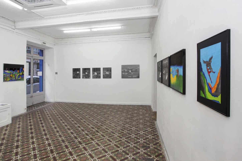 • La galerie  Tom de Pekin, Décors montagneux,vue d'exposition