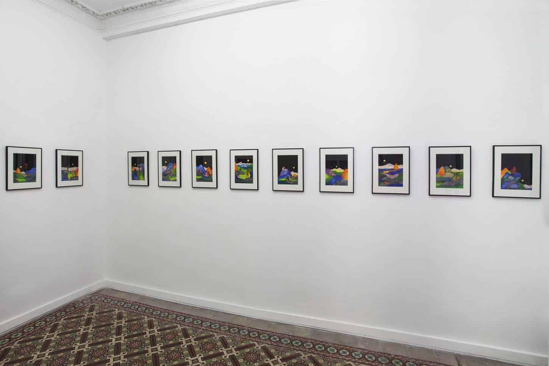 • La galerie  Tom de Pekin, sérieDécors montagneux,techniques mixtes sur papier, 21x29,7 cm