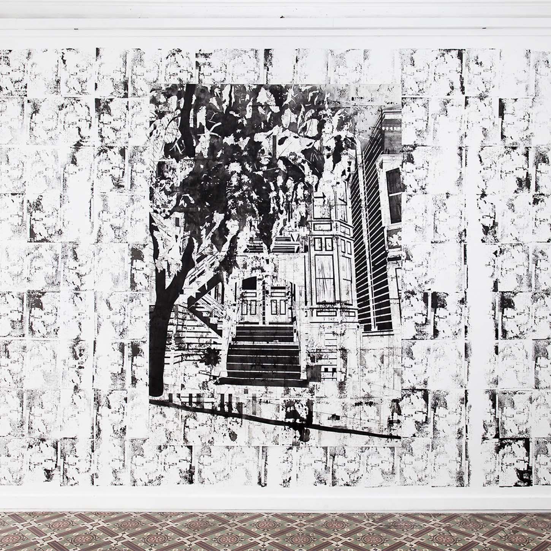 Maxime DuveauVue de l'exposition personnelle:Réouverture de la fameuse partie de billard cosmique.13/04 - 08/06/2019Dessin sur wall drawing :25 Delmar St/2358 15th St Reverse Stamps, 2019, 230cmx150cm, Fusain et tampons sur papier.