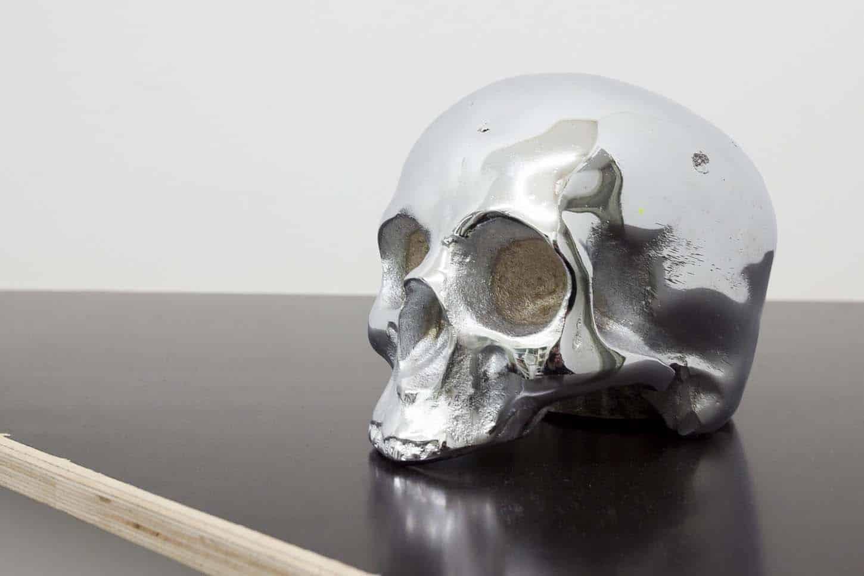 Lionel Scoccimaro,Crâne, 2007,Acier chromé, 15x15 cm. 10 ex.